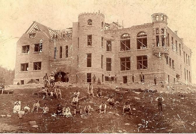 Nelson P. Hulst High School Under Construction, Madison Ave, Iron Mountain, 1892 http://www.dcl-lib.org/images/files/Genealogy/Photographs%20of%20Iron%20Mountain%20-%20Schools.pdf … #IronMountain