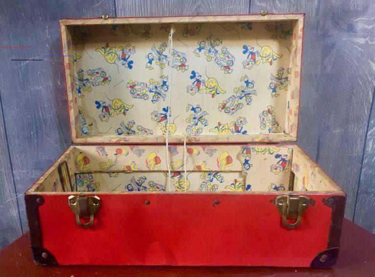 Vintage Tin Toy Box W 1950 S Rare Disney Wallpaper Mickey Goofy Donald Chest Vintage Tin Toy Box W 1950 S Rare Disney Wallpap In 2020 Vintage Tin Toy Boxes Tin Toys