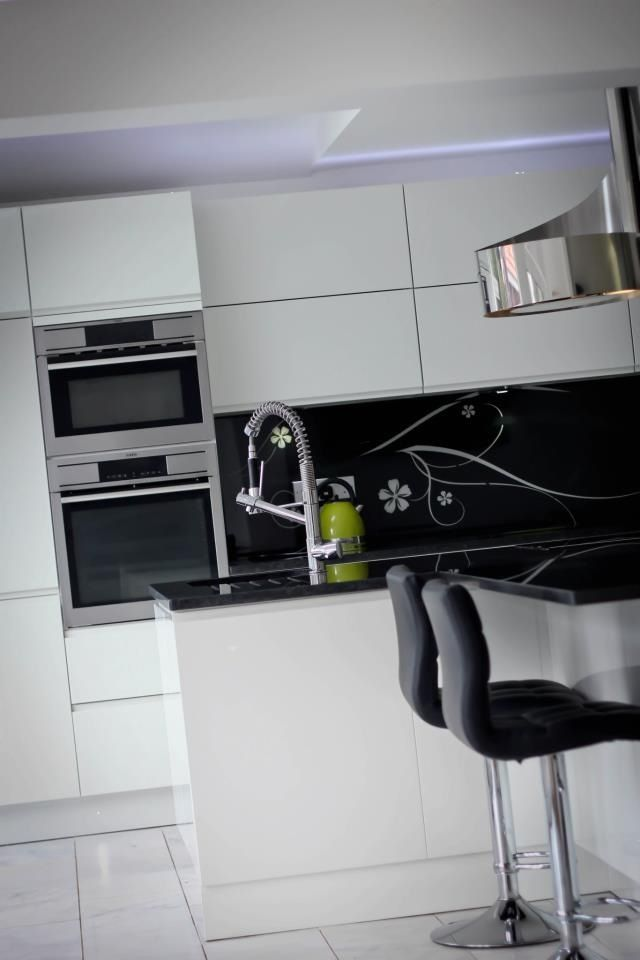 Coventry kitchen by Intoto Birmingham. Kitchen. Interiors | My Work ...