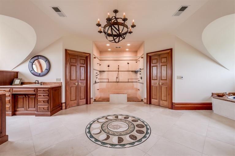 MLS#: 1519425 8 BEDS 8 BATHS 35,000 SQ FT 2001 Winchester Road Paris, KY 40361