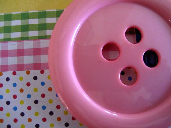 Button for a GIANT 3.5inch 1x PINK - many other colours available