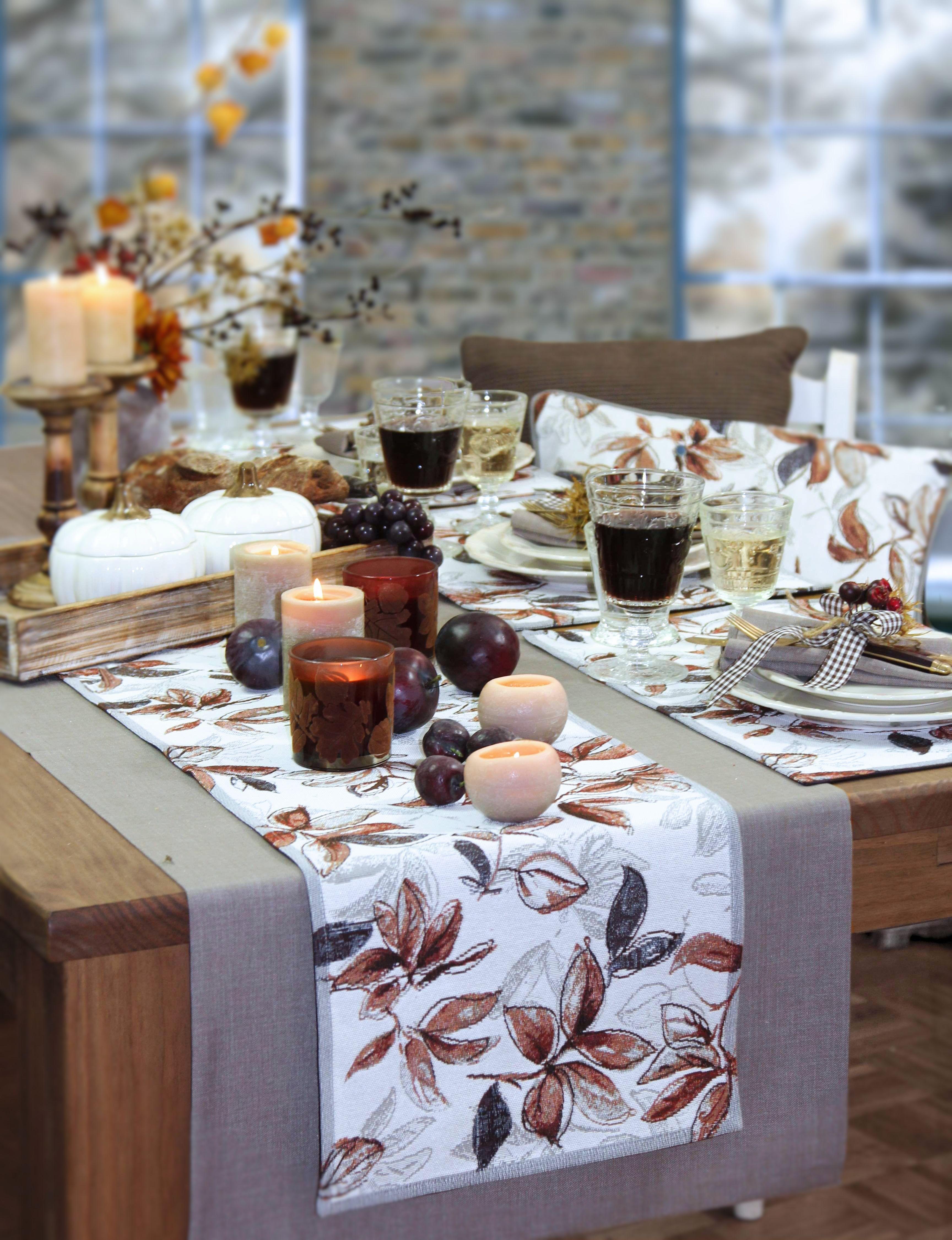 ton in ton herbstlich gedeckt mit tischw sche von sander tische dekorieren im herbst. Black Bedroom Furniture Sets. Home Design Ideas