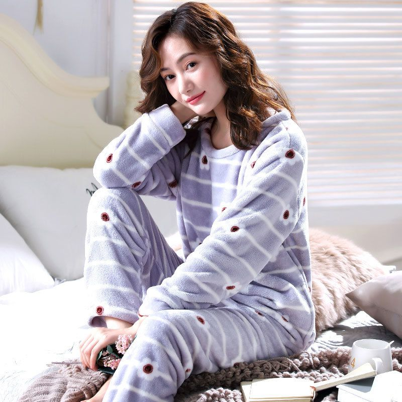 Warm Pajamas Female Winter Coral Fleece Cartoon Women Pajamas Set 2018  Flannel Thick Pyjamas Women Long Homewear Pijamas Woman  sleep  lounge   nightgowns ... b46477a08