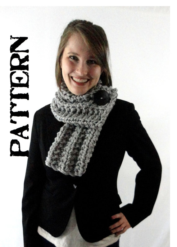 Pdf Pattern Chunky Knit Ribbed Cowl Scarf With Button Pattern