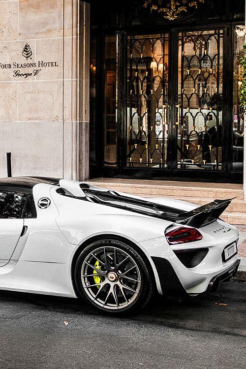 $845,000 Porsche 918 Spyder