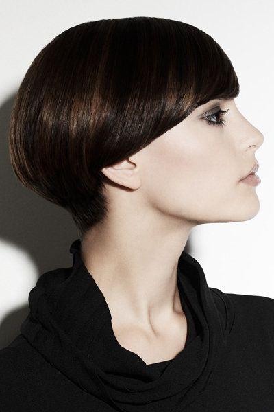Beauty Of A Bowl Cut That S Clever Frisuren Trendfrisuren Und