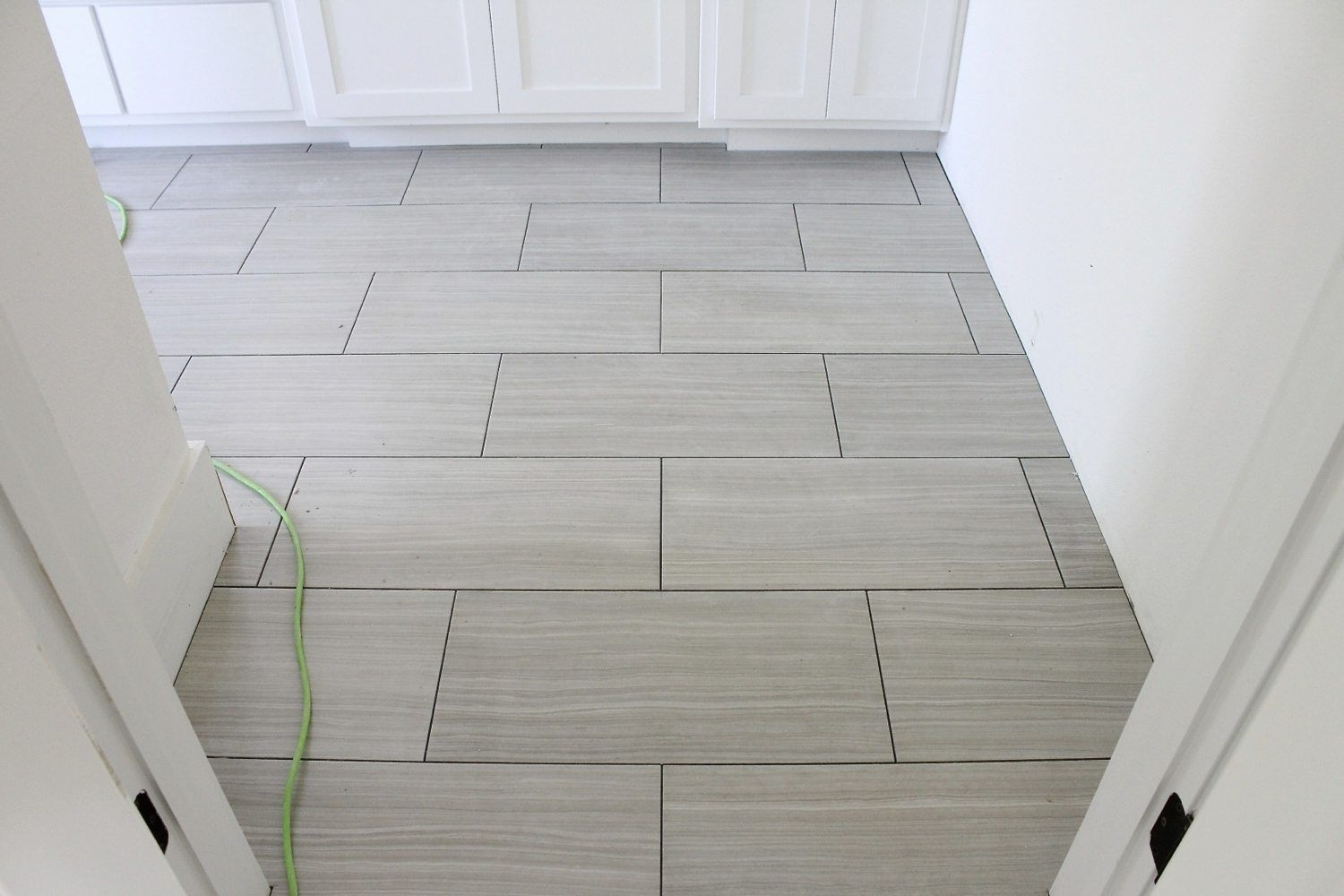 How To Lay Out Ceramic Tile Floor Tile Design Ideas Tile Layout Contemporary Tile Floor Flooring