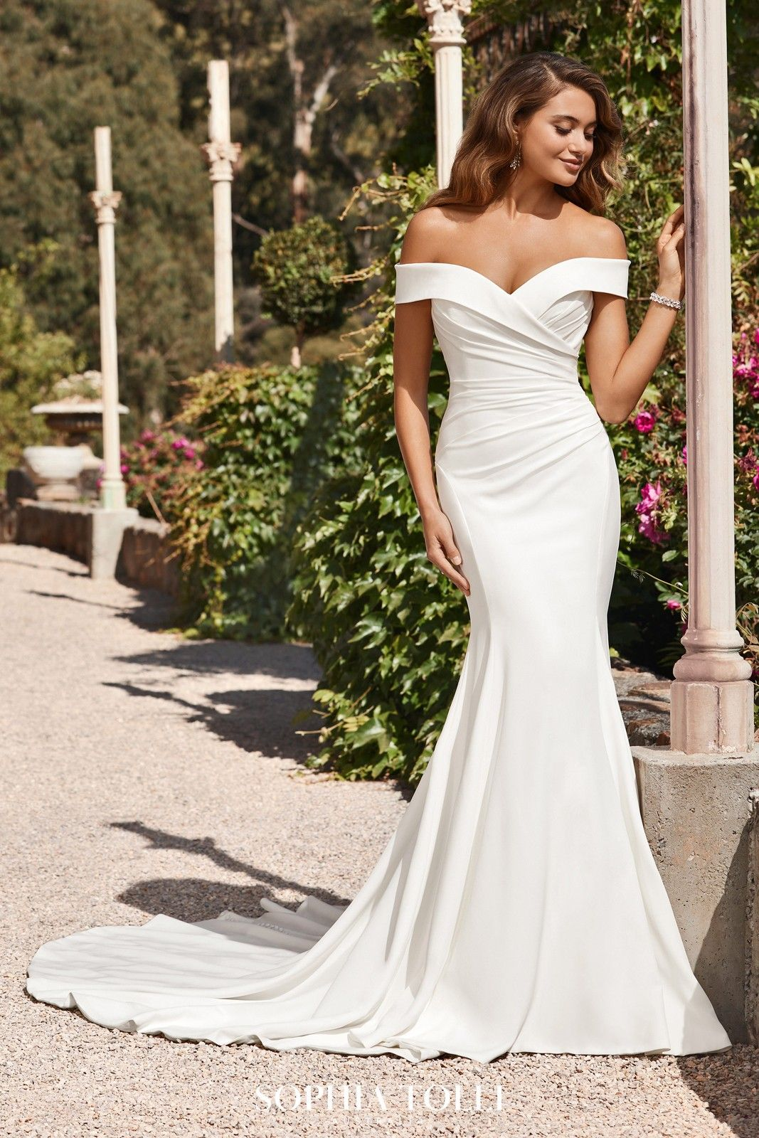Sophia Tolli Y18 Emma Off The Shoulder Bridal Dress in 18 ...