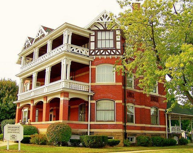 Lake County, Illinois History: The Zion Hotel Dome