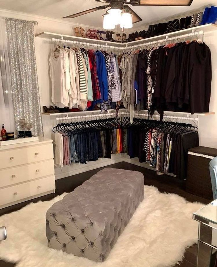 Turn A Bedroom Into A Closet: Pin By Kaylie Church On I Like Ur Selfies
