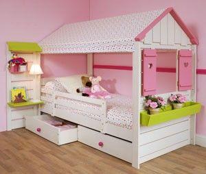 lit cabane petite cabane machambramoi kiddiz pinterest petite cabane cabanes et lits. Black Bedroom Furniture Sets. Home Design Ideas