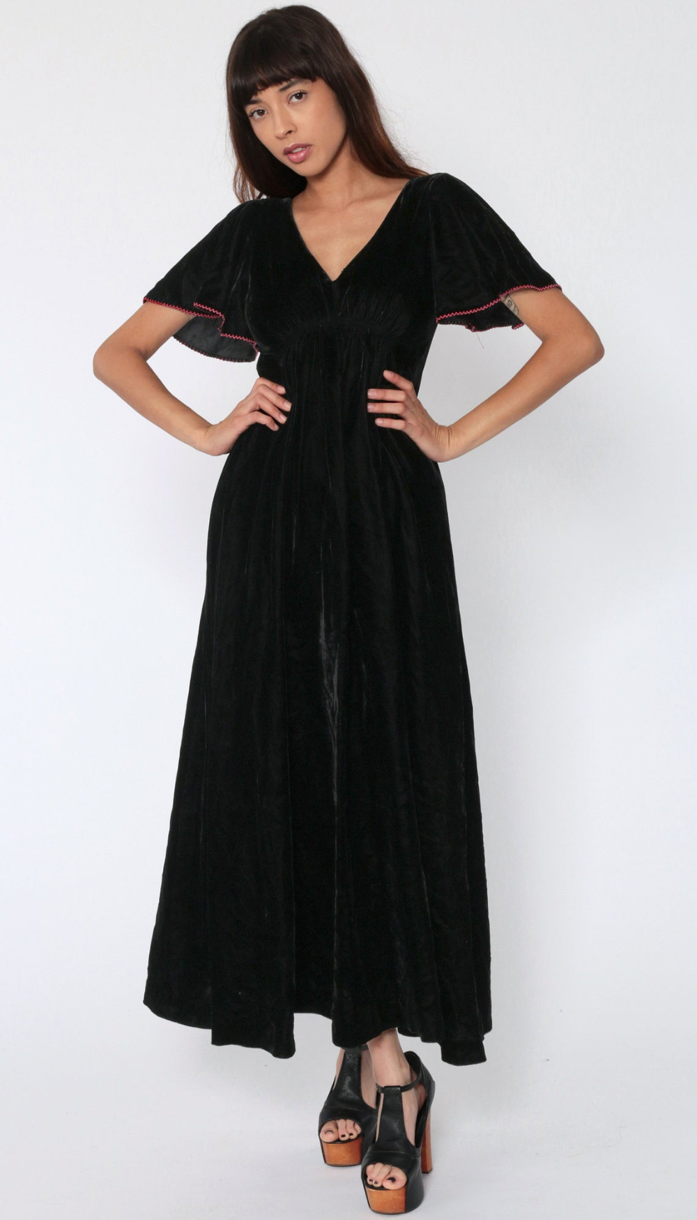Black Velvet Dress 70s Maxi Flutter Sleeve Party Formal Prom Etsy 70s Dress Black Velvet Dress 70s Inspired Fashion [ 1750 x 1000 Pixel ]