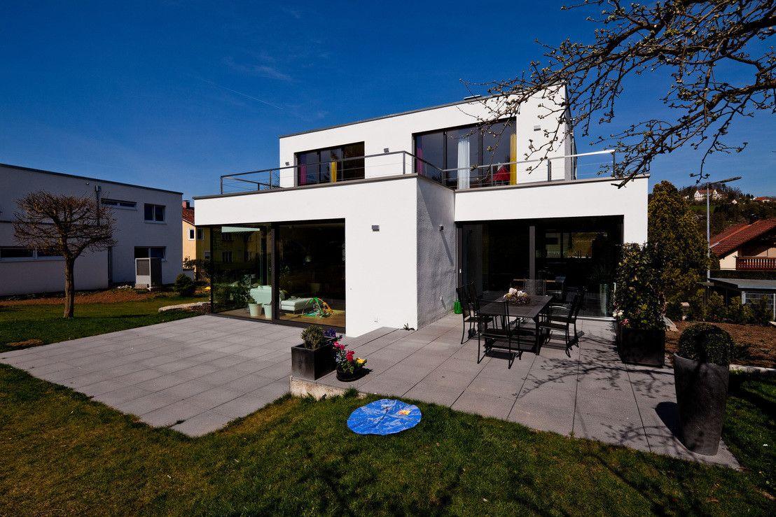 Faszinierend Moderne Einfamilienhäuser Foto Von Neubau Mit Doppelgarage In Lorch, Baden-württemberg :