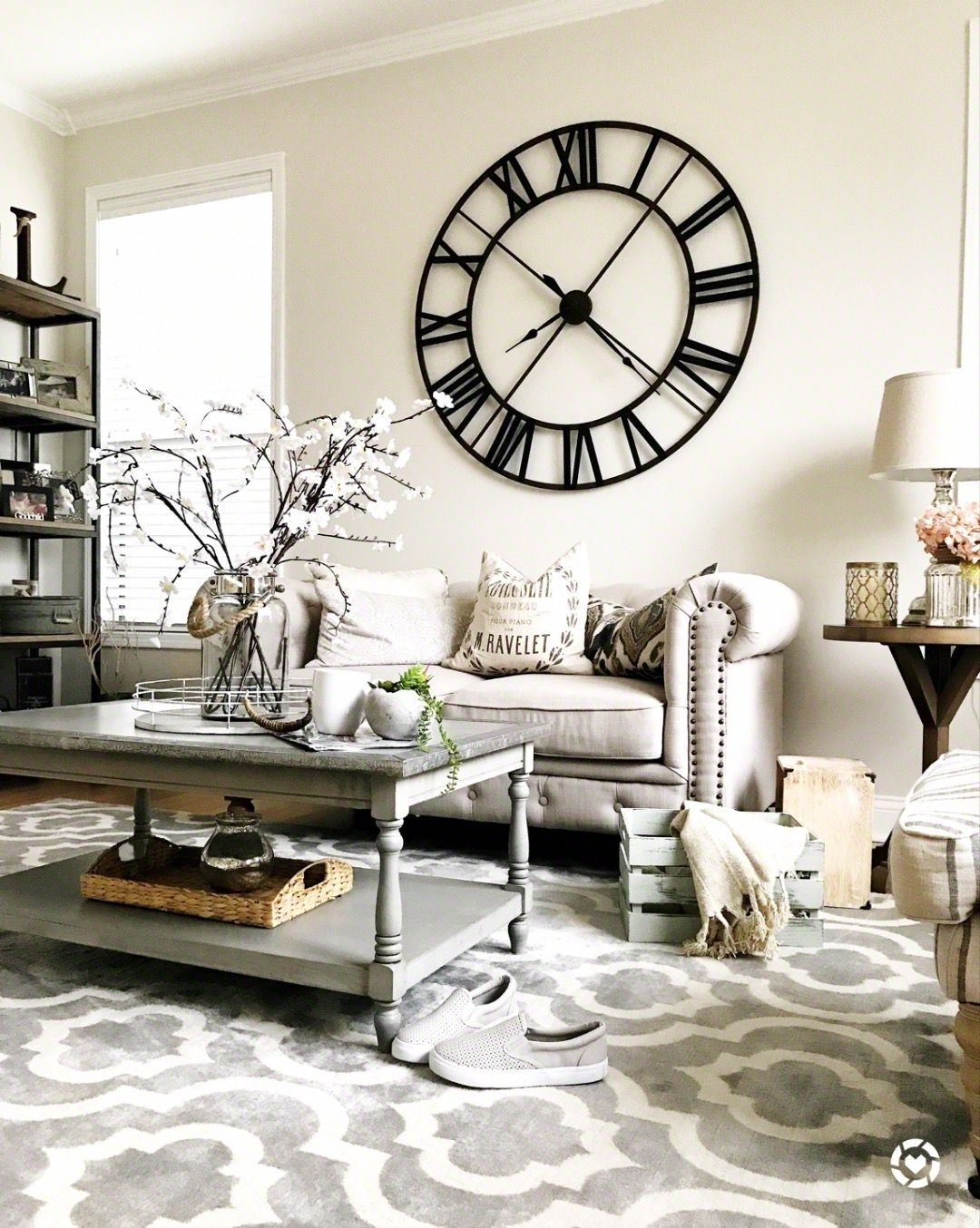 Rustic living room . Large wall clock . Living rooms @thelilliebag ...