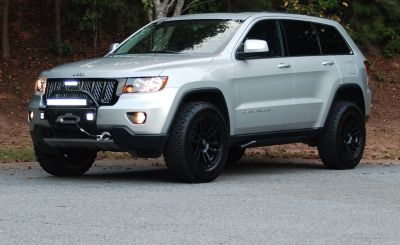 2014 jeep grand cherokee altitude lifted google search. Black Bedroom Furniture Sets. Home Design Ideas