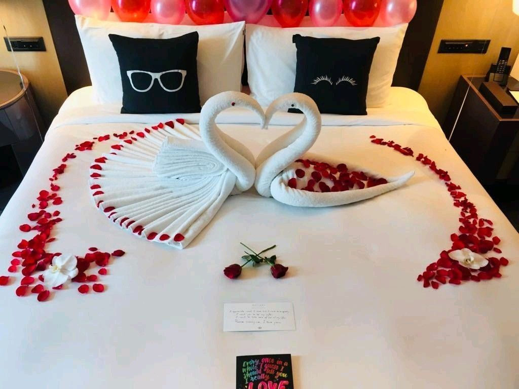 Romantic Bedroom Setup Marriage Anniversary Bedroom Setup Romantic Bedroom Decor