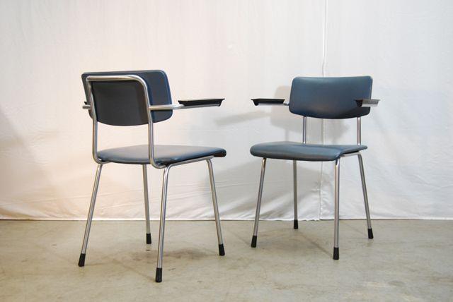 Degeleetalage een set van vintage gispen stoelen model