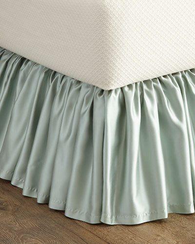 Luminous King Dust Skirt