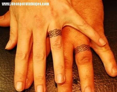 Amor Eterno 26 Tatuajes De Anillos En Pareja Tatuaje De Anillos