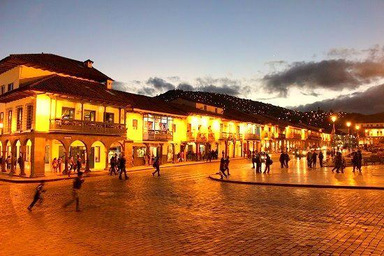 Plaza de Armas in Cusco, Colonial Buildings