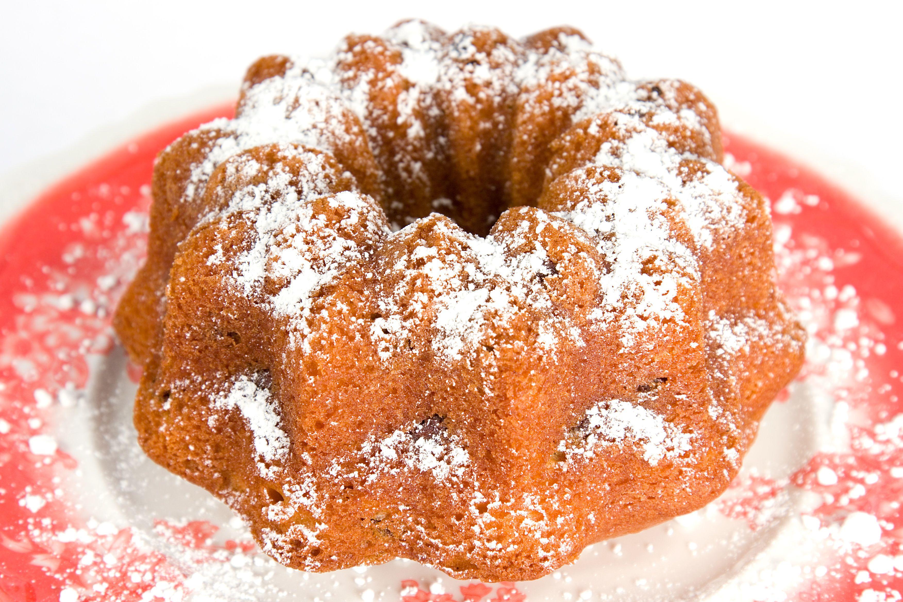 Ginger walnut bundt cake 7 points almond cakes