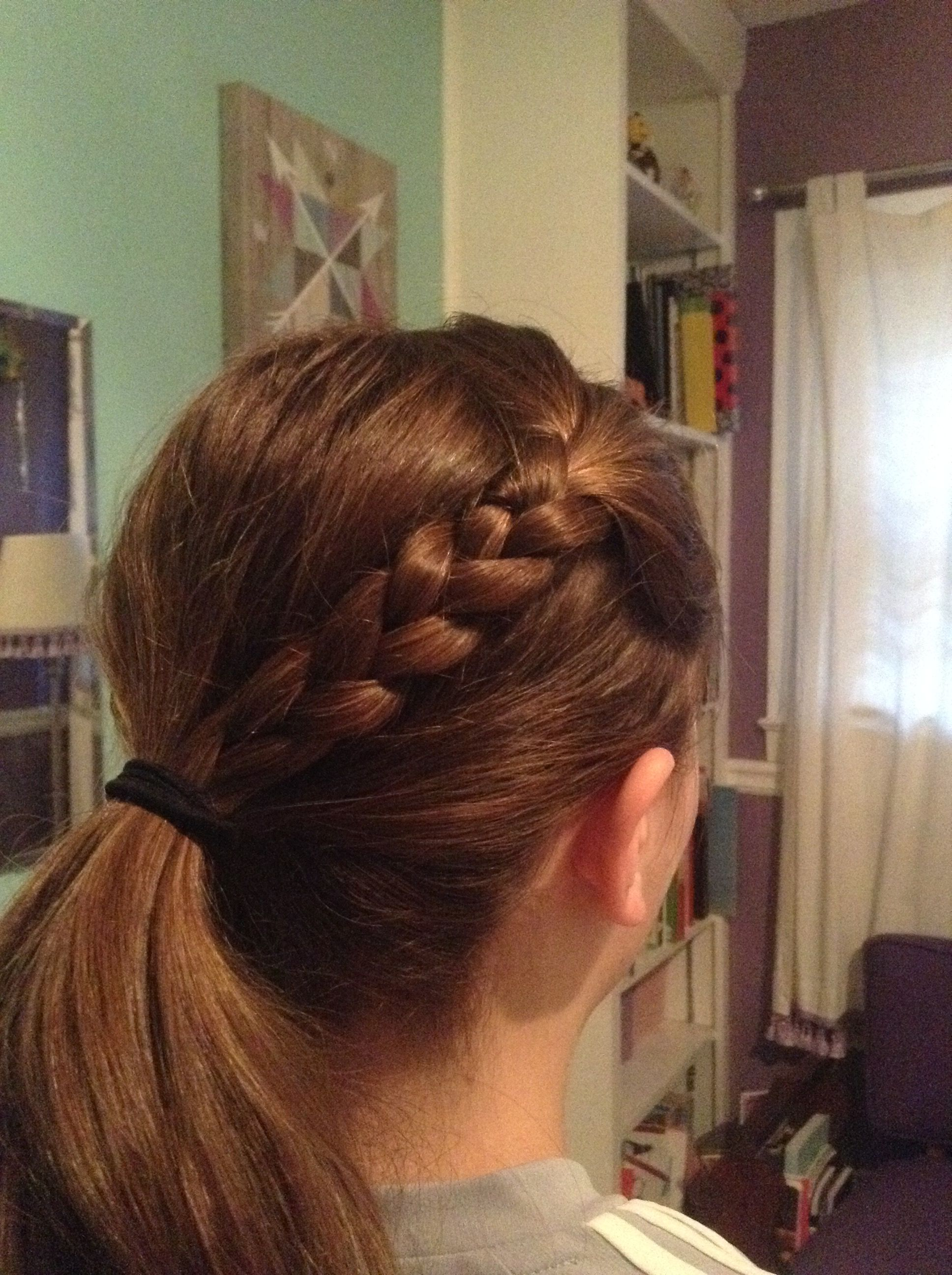 Cute and easy hairstyle perfect for casual formal or athletic
