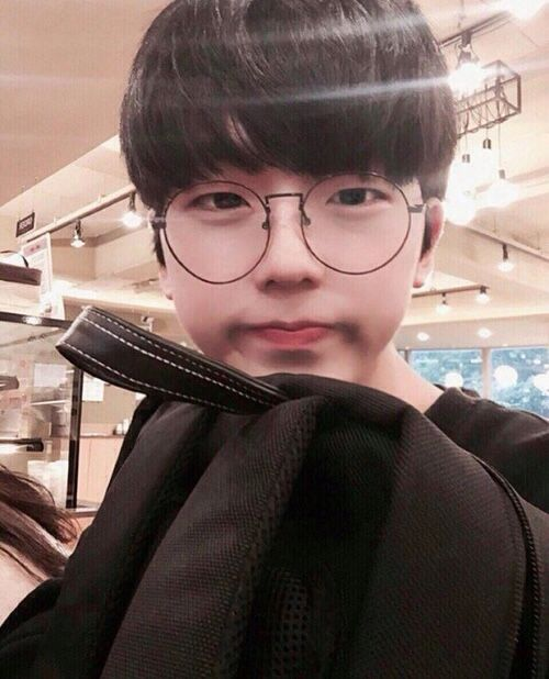 Korea Cute Glasses Tattoo Boy 072504