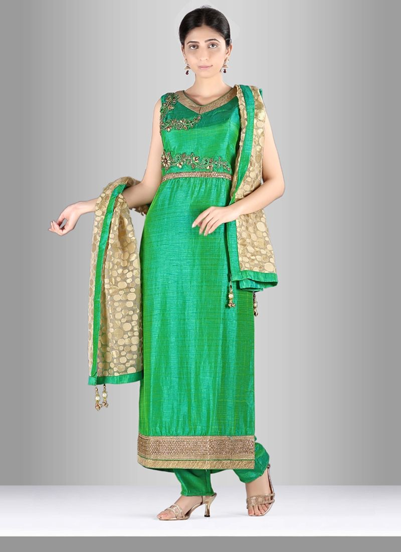 4a2f5e4edf Be your exclusive style diva with this jute silk salwar suit. This pretty  dress is showing some brilliant embroidery done with cut dana, diamond work,  ...