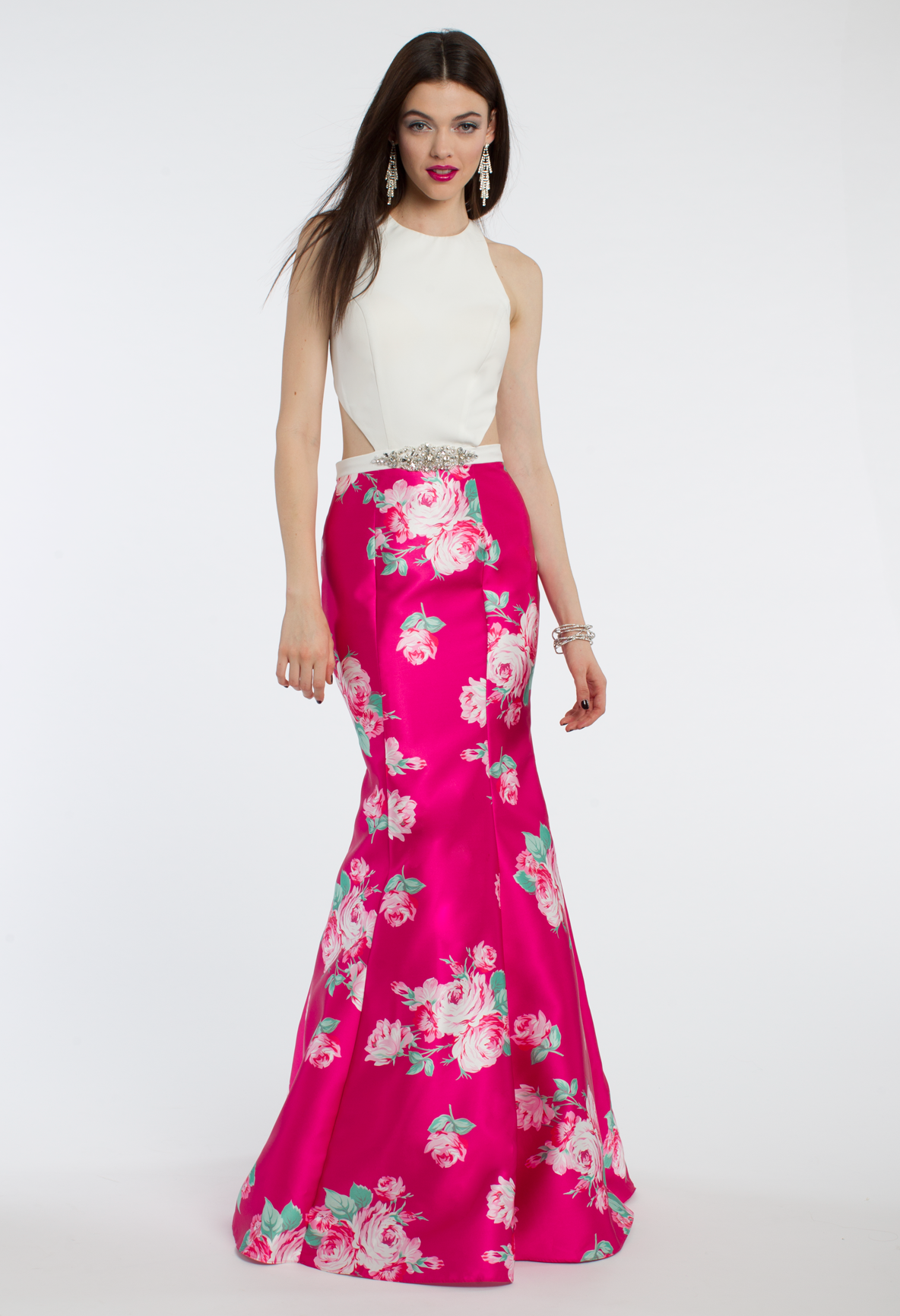 Prepare for a posh evening when you wear this vibrant long prom ...