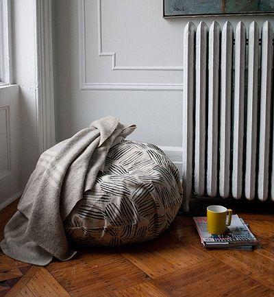 Como tapizar un puff a mano tecnicas para tapizar como - Tapizar sofas en casa ...