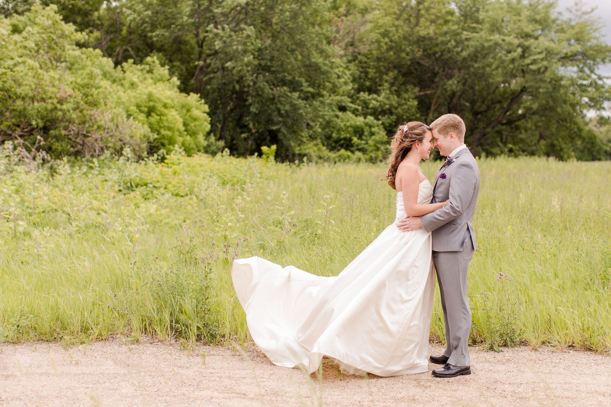 Oxbow country club wedding photographers brittney and caleb bride
