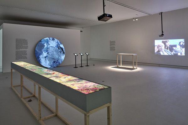 Enter The Void Kunsthalle Mainz In 2020 Nottingham Contemporary Mainz Philadelphia Museum Of Art