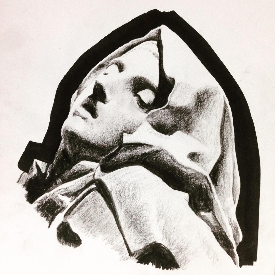 """Tonal shading homework- #art #drawing #sketch #illustration #イラスト #アート #statue #shading #tones #tonalshading #woman #instaart #pencil"""