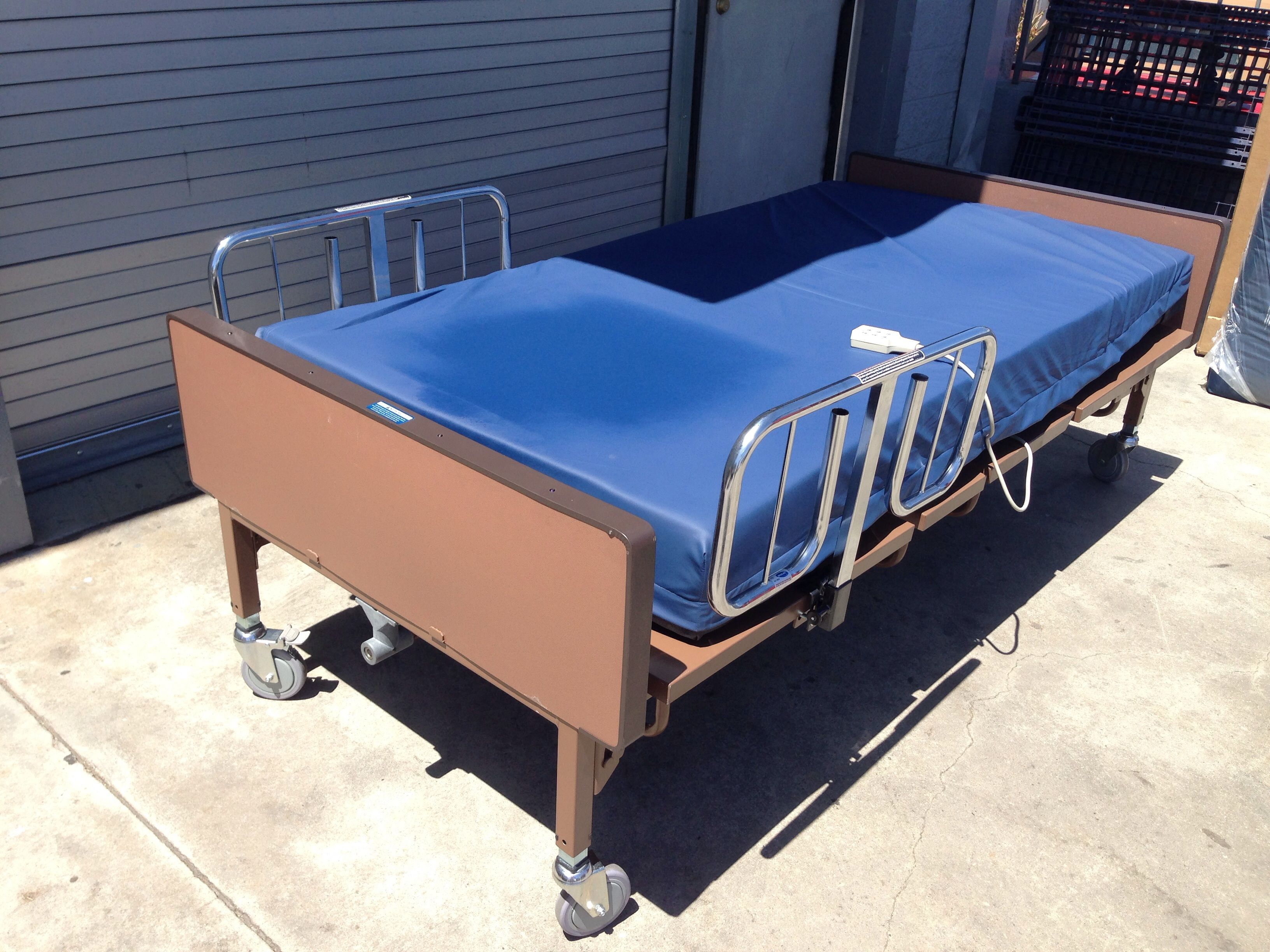 medline mdr107004 bariatric bed full electric hd with medline foam
