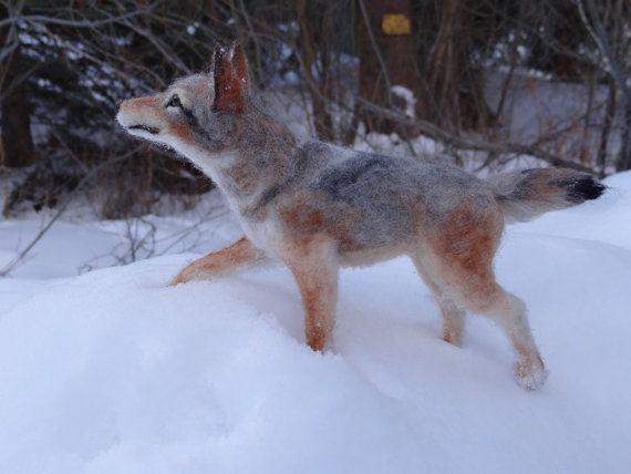 Coyote Puppy hondje Wolf naald Gevilte wol door FineFeltedCritters