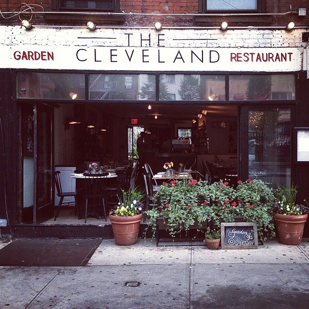 The Cleveland: Wonderful food, at a descent price in a low-key atmosphere