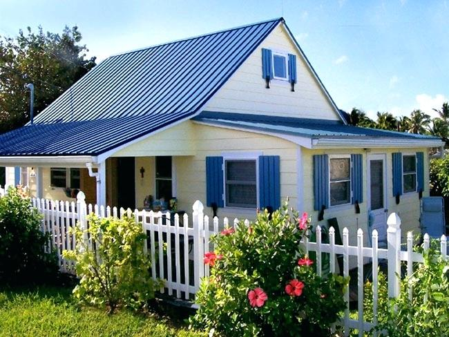 White House Blue Metal Roof Google Search Blue Roof House Exterior Blue House Exterior