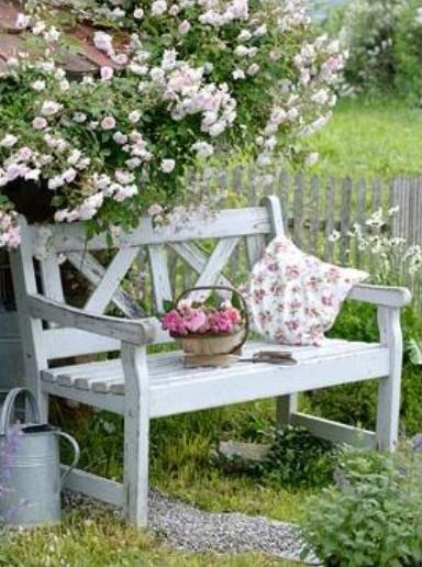 Garden Bench Ideas For Relaxing Area In Your Garden Country
