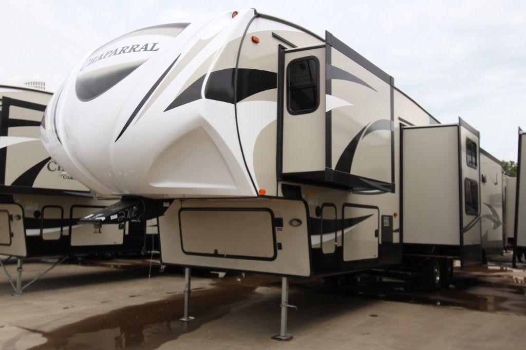 New 2017 Coachmen RV Chaparral 360IBL Fifth Wheel at Fun Town RV | Cleburne, TX | #139103