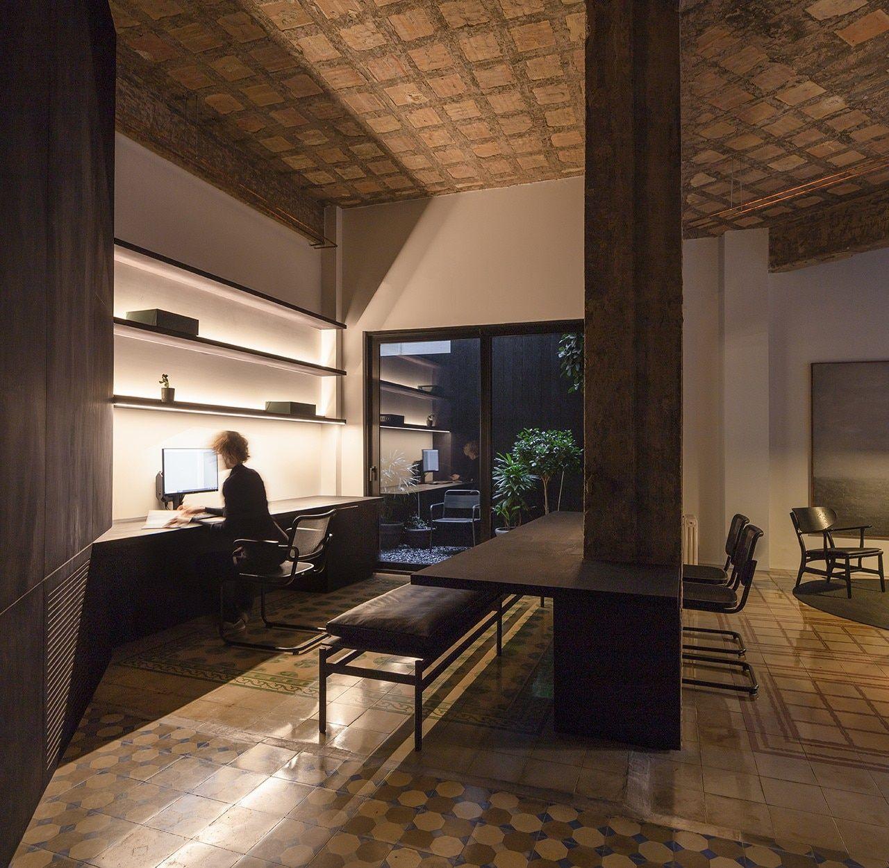 Francesc Rifé Studio enhances historical traces in
