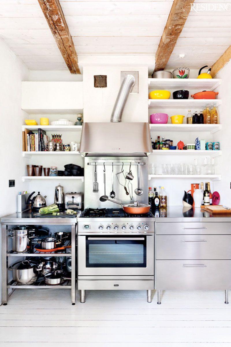 Exposed-Kitchen-Shelves-3 http://whydontyoumakeme.com/exposed-kitchen-shelves/