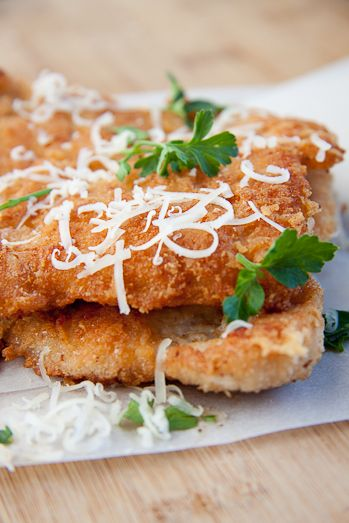 Pecorino Crumbed Chicken: 4 large chicken breasts, 3 eggs, beaten, 2 cups breadcrumbs, 1 cup finely grated Pecorino cheese (or Parmesan). 1 tsp salt, 1/2 tsp paprika, fresh lemon to serve