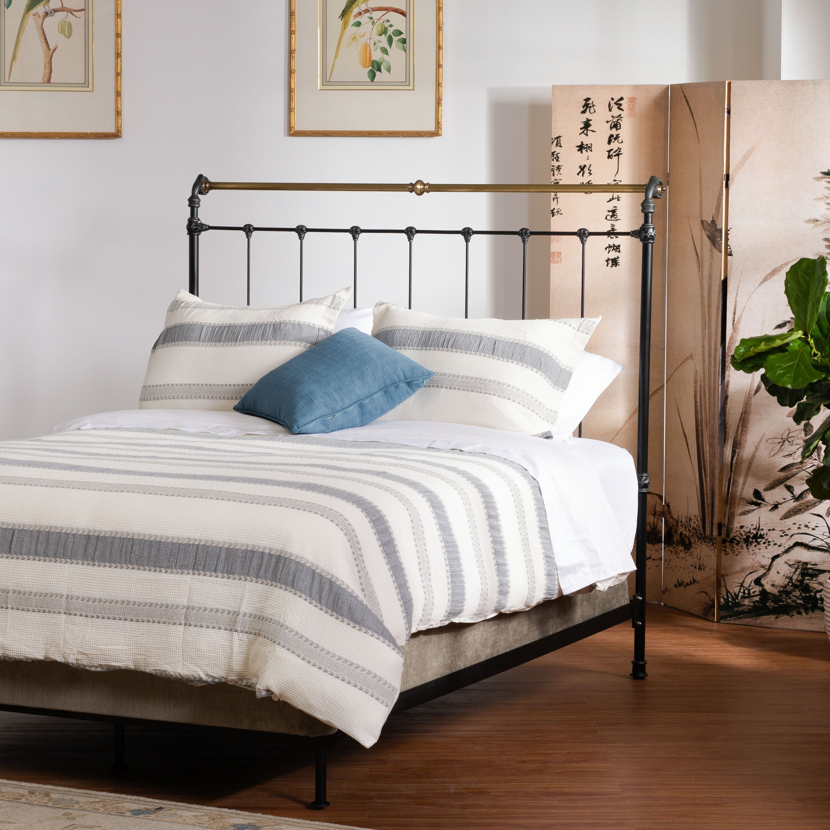 Dreaming Of An Escape Make Your Bedroom A Sanctuary And Escape From The Real World Right In Your Own Home Feat Iron And Iron Bed Bed Bedroom Inspirations