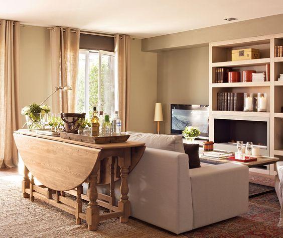 Una mesa plegable si tu sal n comparte espacio con el for Mesa plegable salon