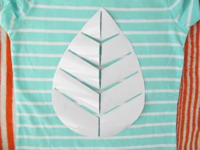 How To Make TShirts With Custom Vinyl Graphics Vinyls Crafts - Custom vinyl decals machine for shirts