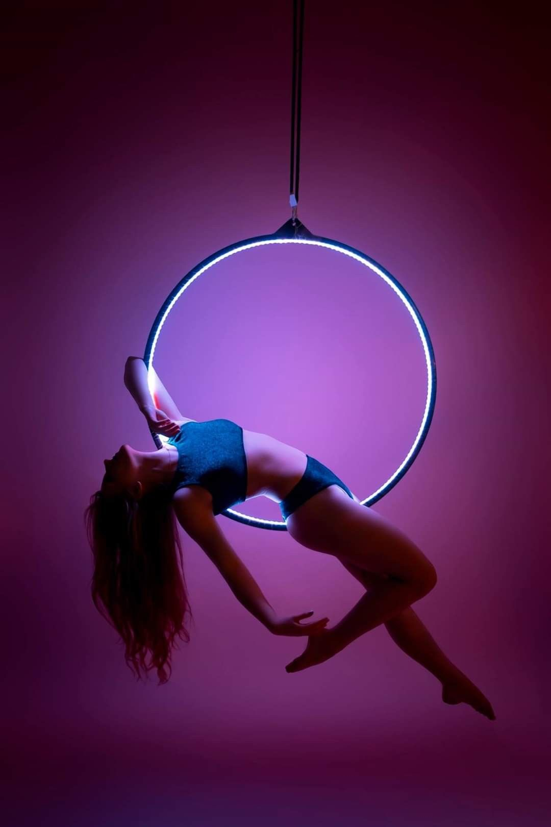 Pin By Francini Lobo On Pole Dance Aerial In 2020 Aerial Hoop Aerial Hoop Lyra Aerial Silks