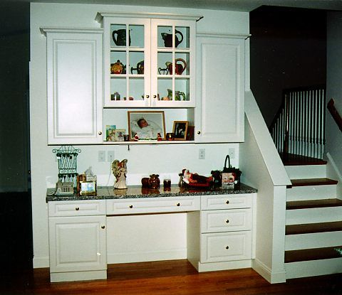 A Hutch Design That Is Also A Desk Hutch Designs Ideas