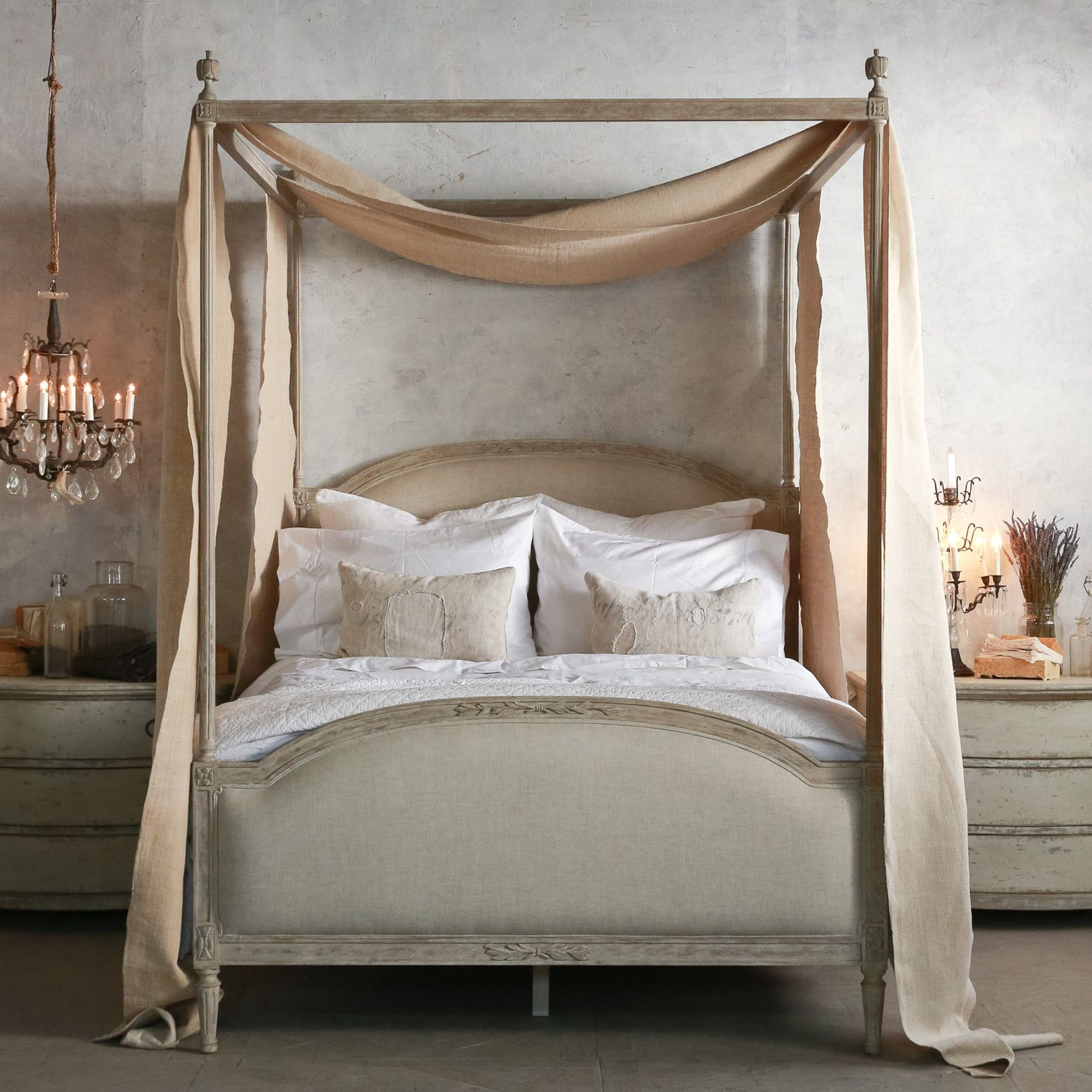 A charming shabby chic four poster - Eloquence Dauphine Beach ...