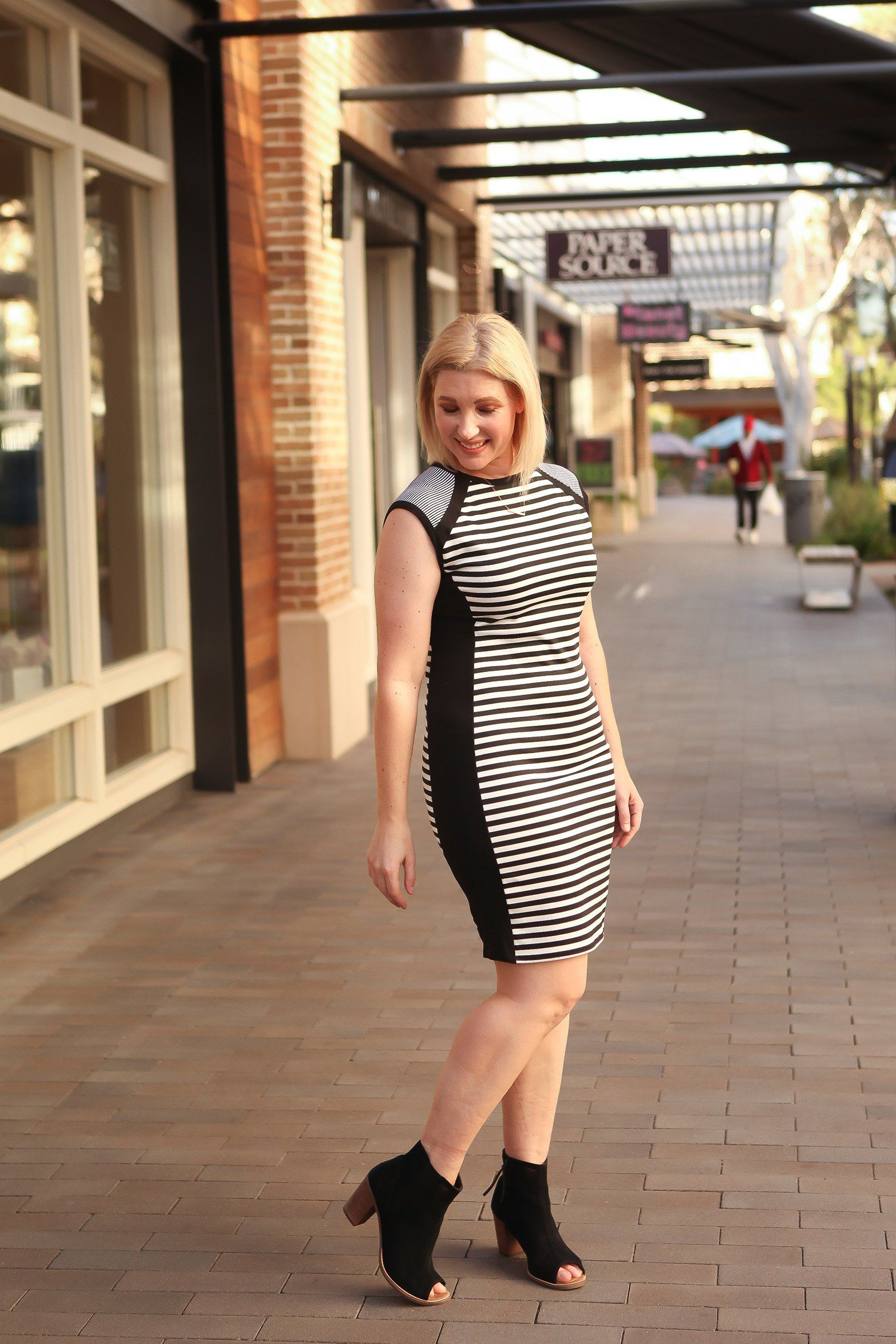 3e3c7d402ae2 Do You Only Wear Your Sheath Dress for Work  5 Outside of the Box Ways to  Get More Use Out of A Basic Staple by fashion blogger Carly of Lipgloss and  ...