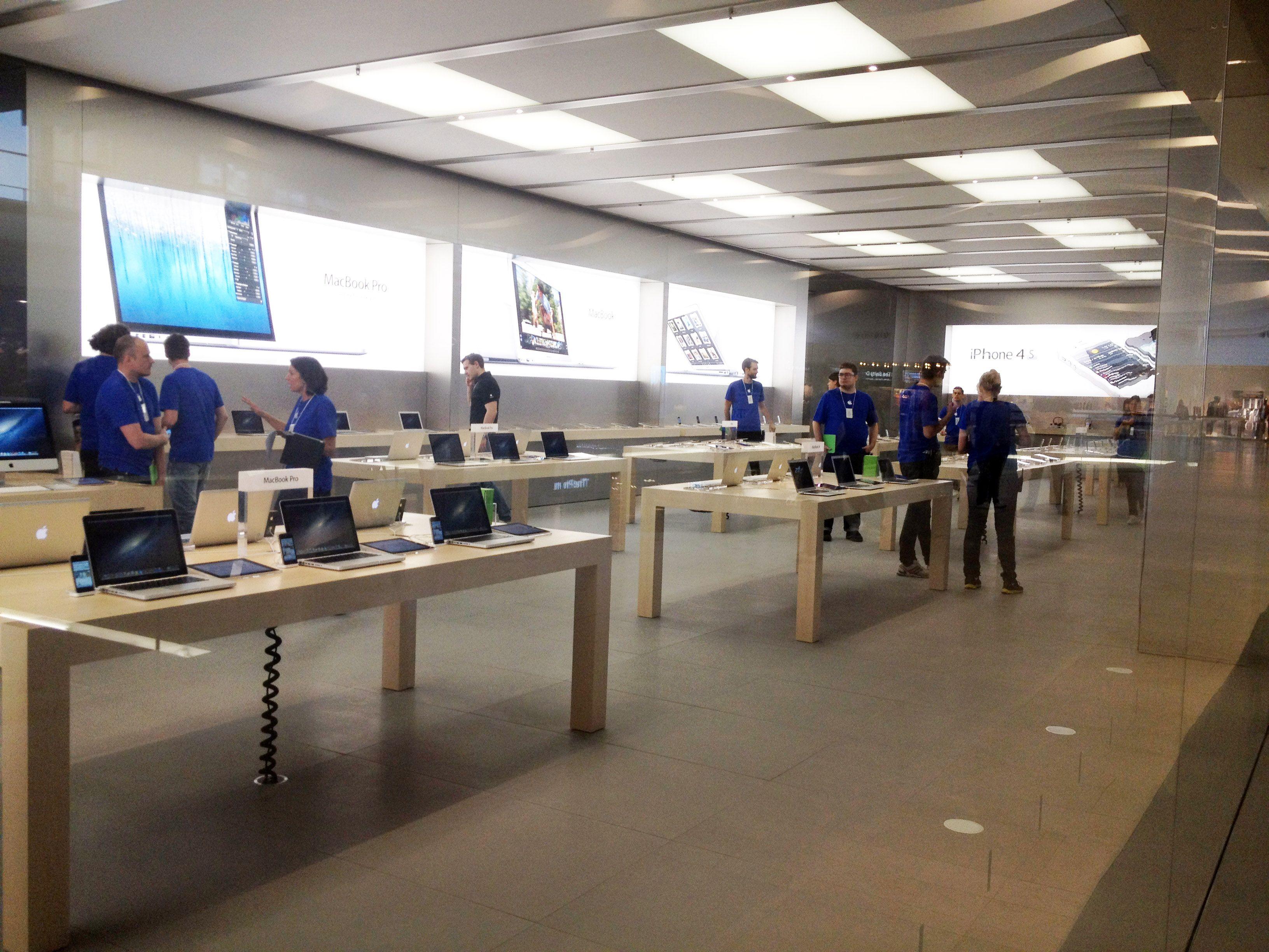 Apple Store New Apple Store Interior Stockholm Apple Store Interior Retail Store Store Interior